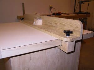 How to Build a Router Table – DIY Router Table
